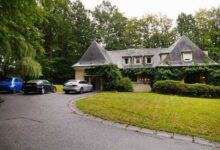 Photo of هل تبحث عن سكن في بلجيكا ؟ .. فيلا للبيع بــ 11 مليون يورو !!
